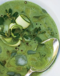 chilled-courgette-purslane-soup