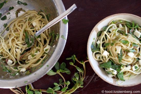 summer-purslane-pasta